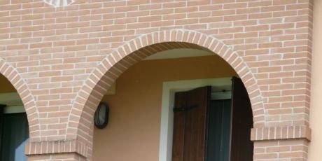 Lavorazioni posa faccia vista for Arco in mattoni a vista